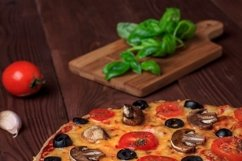 Bundle of six photos of traditional Italian vegetarian pizza Product Image 3