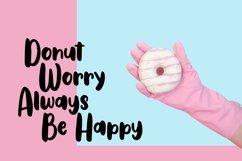 Web Font Gullali - Sweet Bulky Font Product Image 3