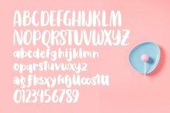 Web Font Gullali - Sweet Bulky Font Product Image 4
