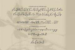 Web Font Gurphy - A Stylish Signature Font Product Image 6