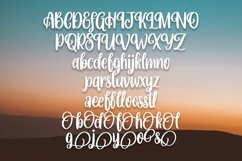 Hampers - Beautiful Handlettering Font Product Image 5