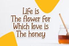 Honeybee - Quirky Handletering Font Product Image 4