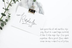 Jelliva Patricia - Signature Script Font Product Image 3