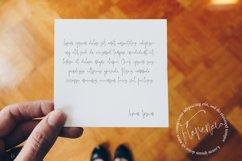 Jelliva Patricia - Signature Script Font Product Image 6