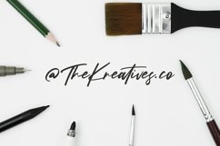 Kreatives Script Display Font Product Image 5