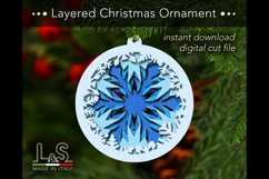 Layered paper Christmas tree ornament