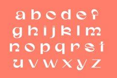 Gunter Display Font Product Image 3