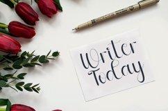 Milklove - Beautiful Handwritten Font Product Image 3