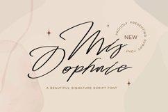 Web Font Mis Dophnie - Signature Script Font Product Image 1
