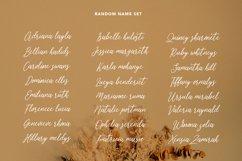 Heavenllys Fancy Script Font Product Image 4