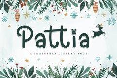 Pattia - A Christmas Display Font Product Image 1