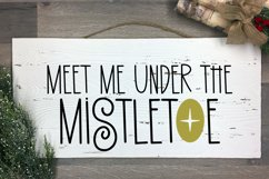 Holiday Smiles - A Quirky Christmas Font Product Image 2