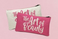 Web Font Queen Hearts - Lovely Handrawn Font Product Image 5