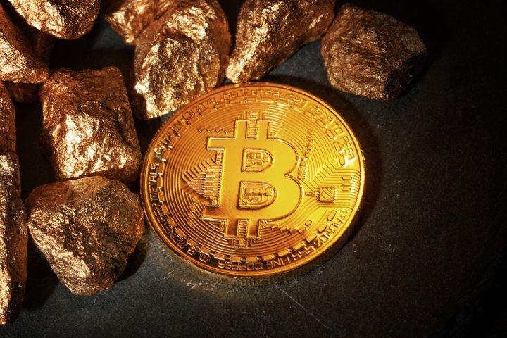 Golden Bitcoin Coin JPG set example 4