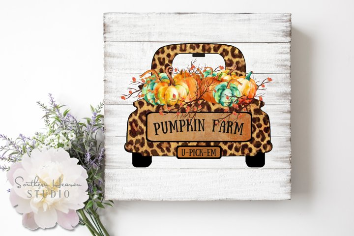 PUMPKIN FARM LEOPARD TRUCK - PNG