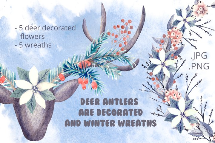 Deer antlers are decorated and winter wreaths