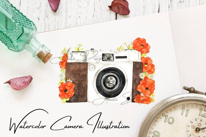 Camera with watercolor poppy flowers, Gift to photographer