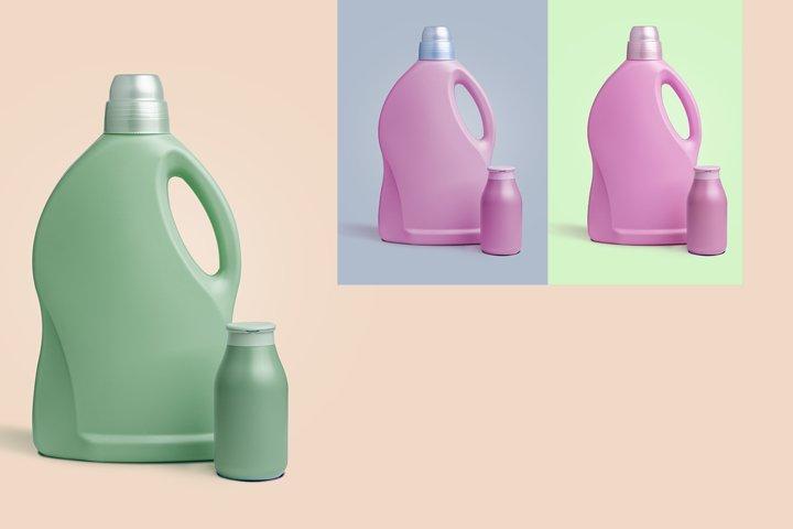 Plastic containers for liquid laundry