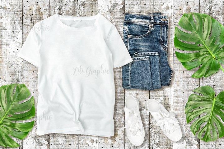 White unisex t-shirt mock up shirt mockup to display print