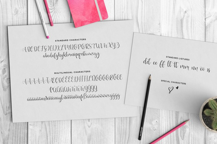 Hello Lovely Font - Free Font of The Week Design1