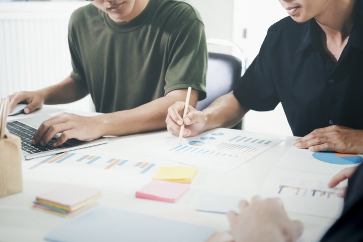 Young startup businessmen teamwork brainstorming