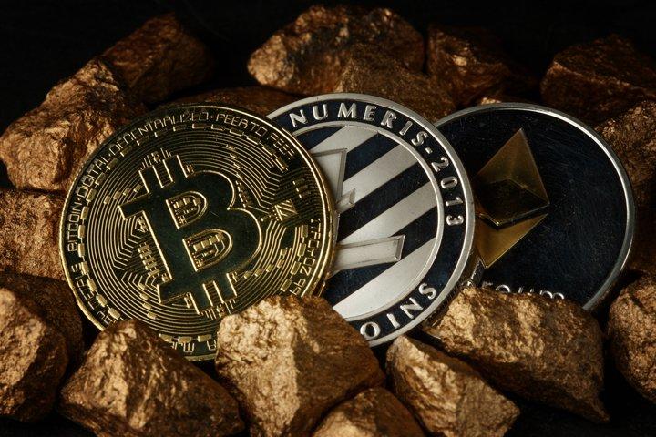 Golden Bitcoin Coin JPG set example 10