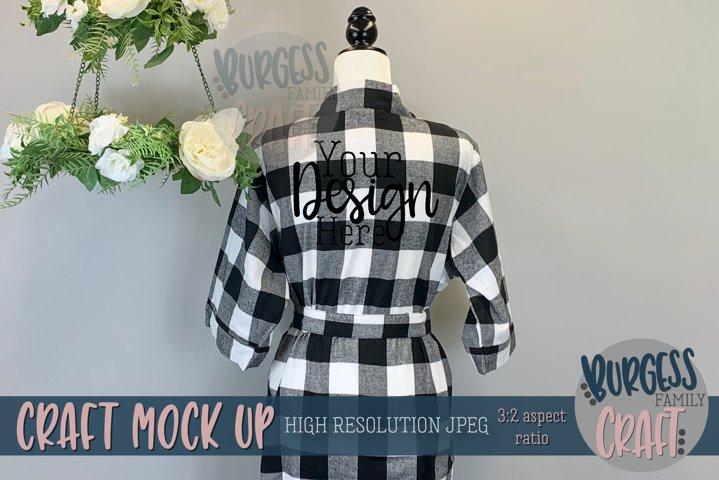 White and black buffalo check robe   Craft mock up
