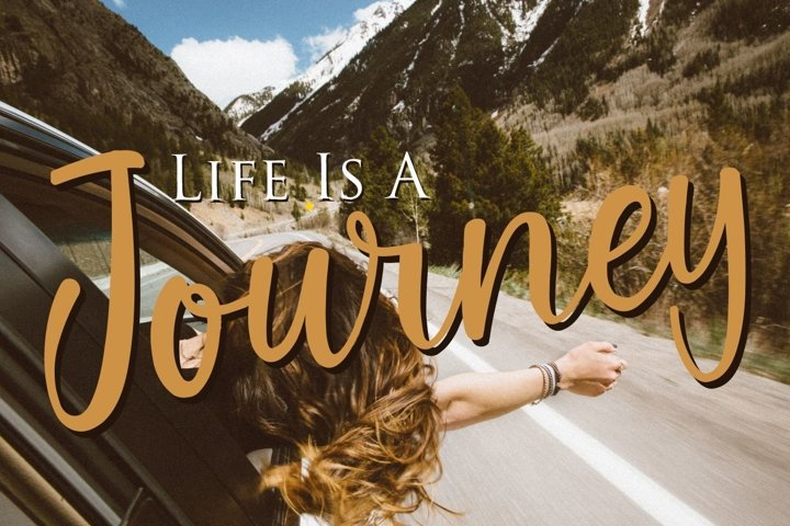 Gallillea | A Modern Calligraphy Font - Free Font Of The Week Design7
