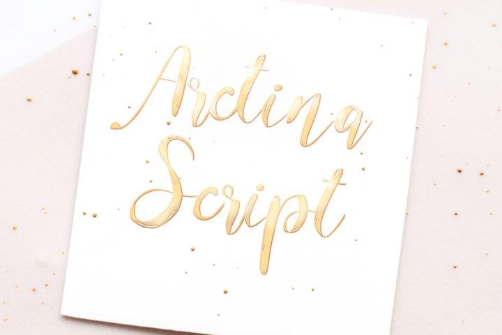 Arctina Script