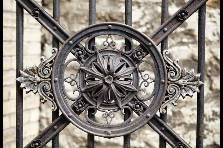 Vintage ornament on the lattice