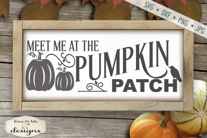 Pumpkin Patch Crow | Fall | Autumn |Pumpkin SVG