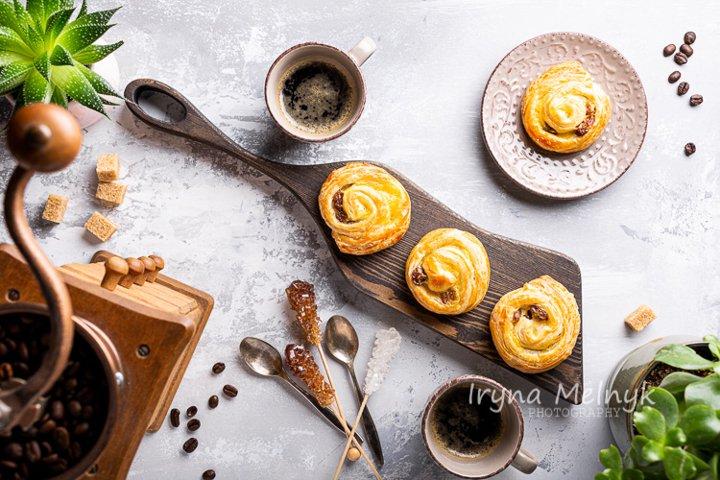 Photo of Sweet swirl buns with raisins