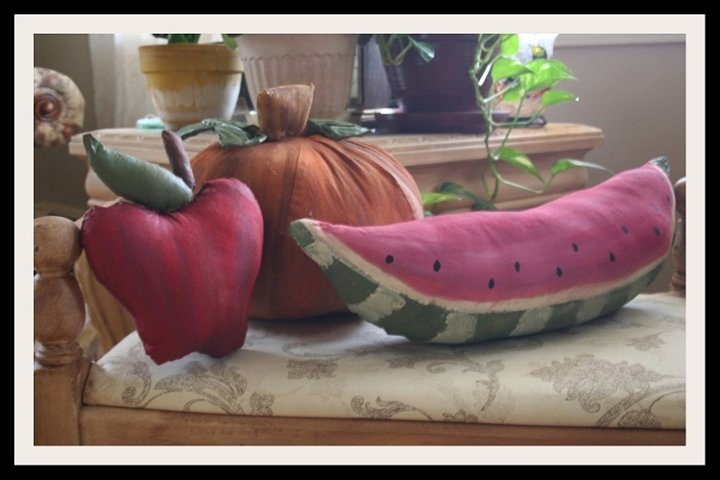 Primitive Pumpkin, Watermelon & Apple Pattern