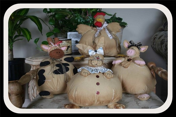 4 Primitive Big Bottom Farm Buddies Patterns