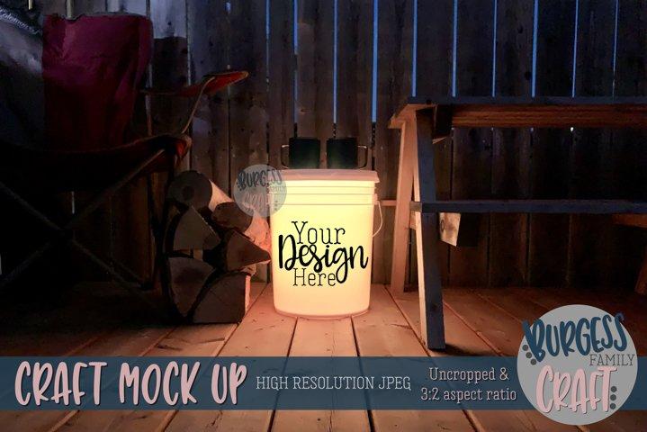 Bucket light table yellow II | Craft mock up