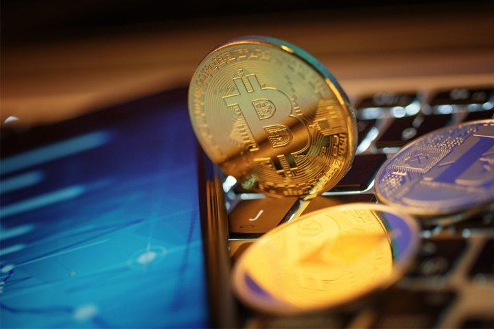 Golden Bitcoin Coin JPG set example 5