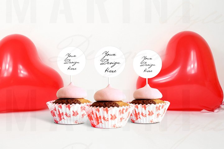 Valentines day cupcake topper mockup, circle tag, 1101