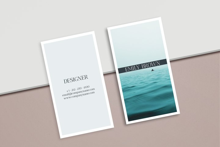 CANVA | Clean Photographer Business Card Template