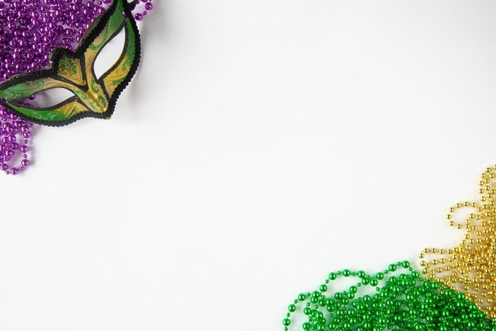 Mardi gras background. Mask and beads frame