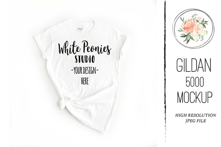 White GILDAN 5000 Shirt Mockup Knotted