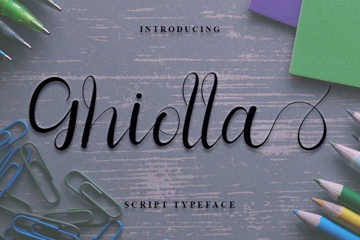 Ghiolla | Modern Script Font
