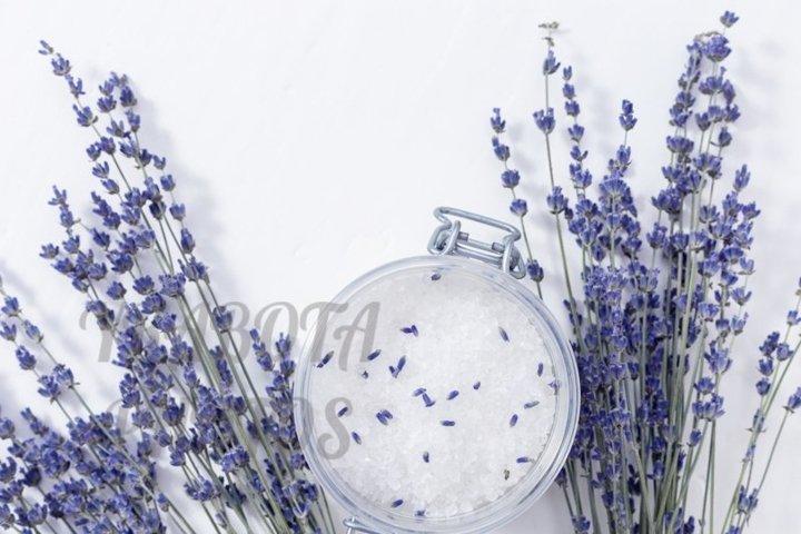 Sea salt with lavender fragrance