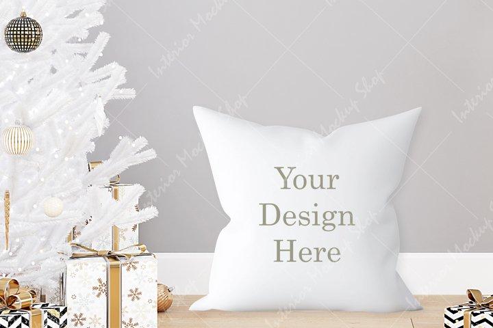 Pillow Mockup, White Pillow Mockup / 244