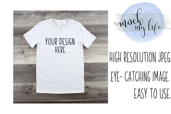 Mockup Bella Canvas Shirt / Flat Lay / White Fleck Shirt