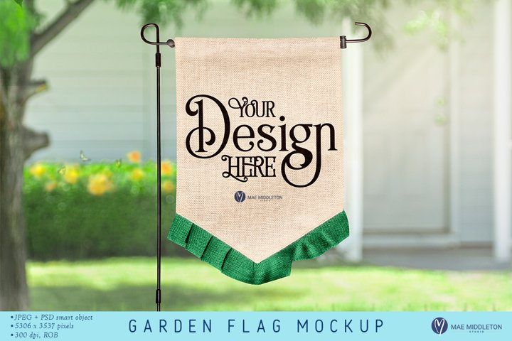 Garden Flag Mockup | psd, jpg