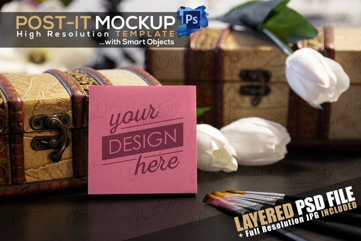 Post-It Mockup Template with Smart Objects, Flowers & Chests