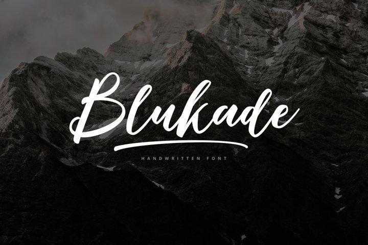 Blukade Handwritten Font