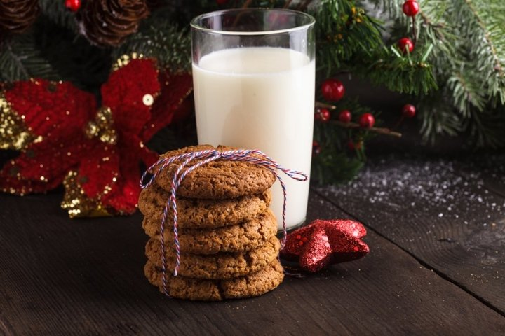 Cookie with milk