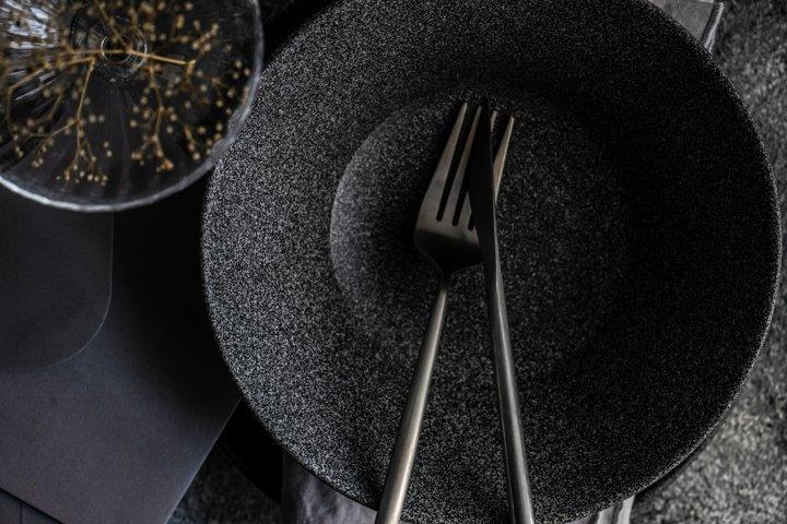 Minimalistic table setting in black
