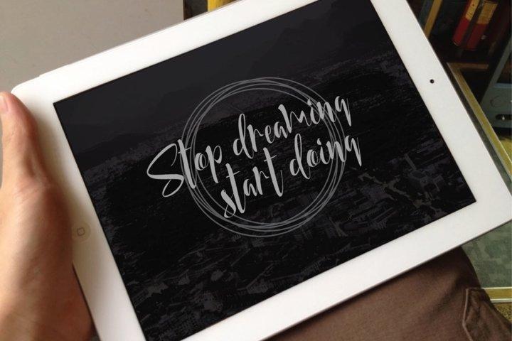 Honey Land Typeface - Free Font of The Week Design1